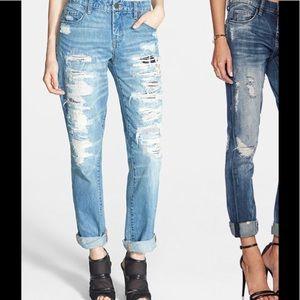 Blank NYC distressed destroyed boyfriend jeans 6